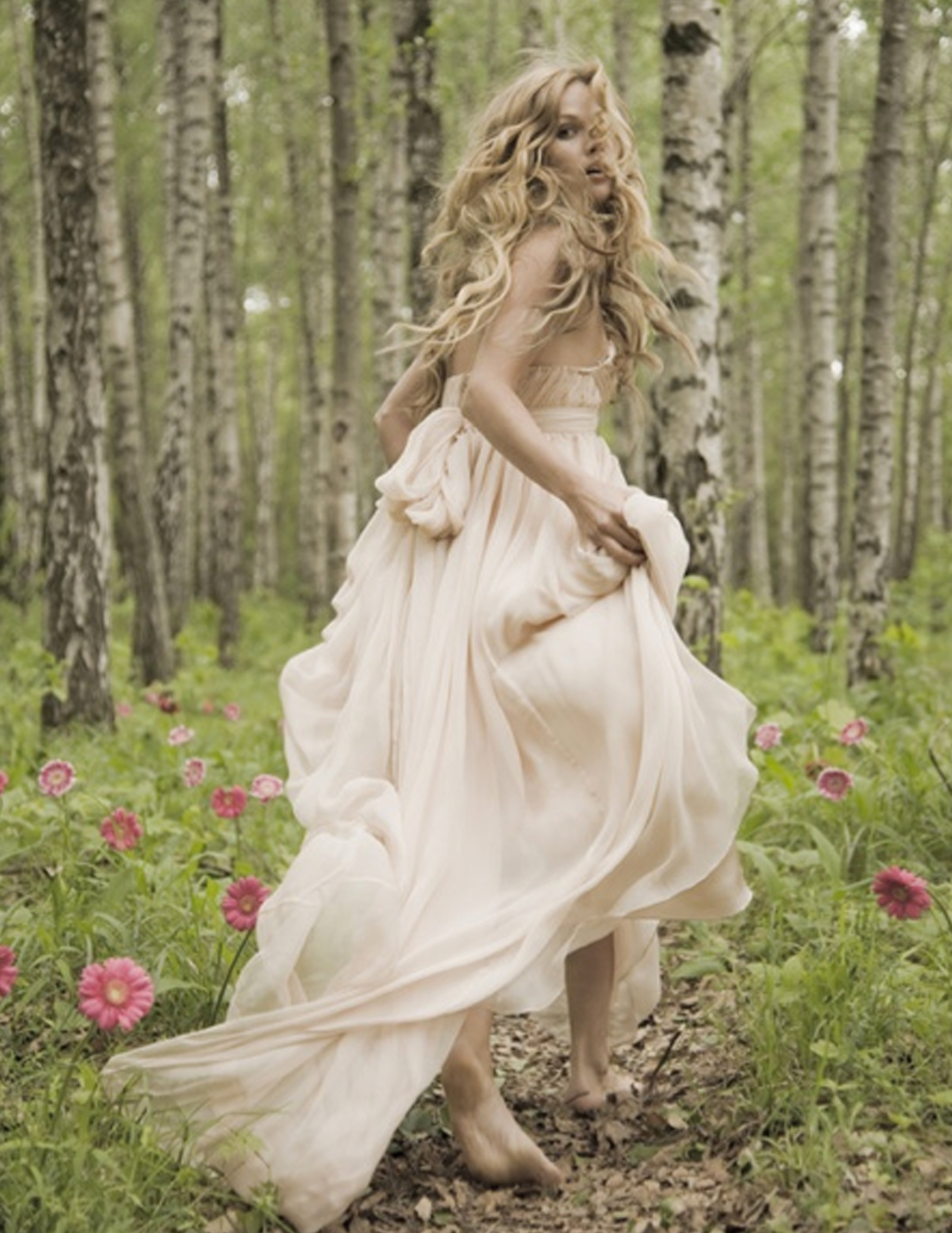 Whimsical inspiration for Forest wedding dress vintage